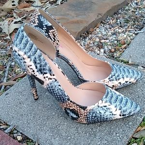 Just Fab Snake skin size 10